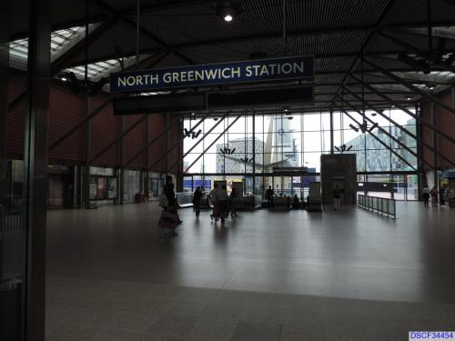 north greenwich tube station chaswatson 39 s pics and story. Black Bedroom Furniture Sets. Home Design Ideas