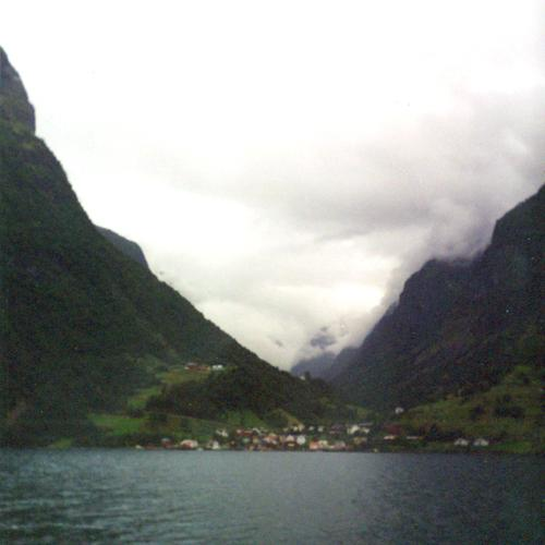 Approaching Undredal, July 2001