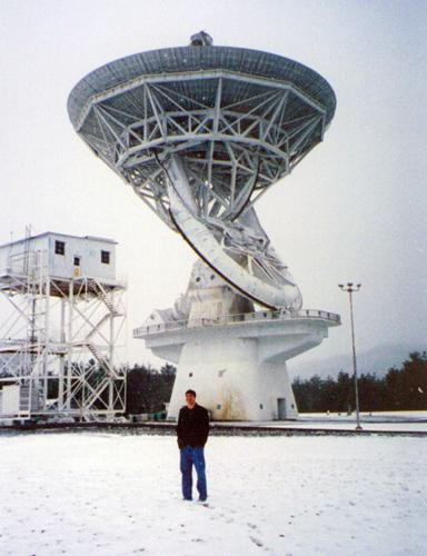 AlbinoFlea with 140 Foot Telescope, January 2004