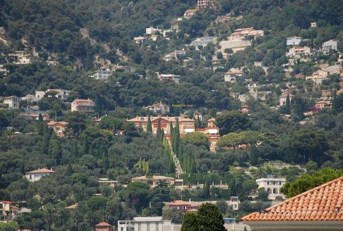 Villa La Leopolda, photo taken from the Rothschild Villa on Cap Ferrat.