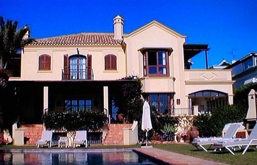 Alan Sugars House In Marbella Spain Virtual Globetrotting