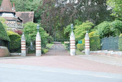 Entrance to Friar Park