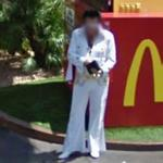 Elvis impersonator (StreetView)