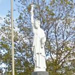 Statue of Liberty replica (StreetView)