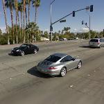 Porsche x2 (StreetView)