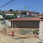 Children vs Brazilian kite