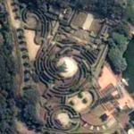 Chinese hedge maze (Google Maps)