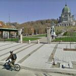 Bicycling in Montreal (StreetView)
