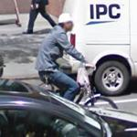Bicycling on the streets of New York (StreetView)