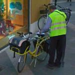 Mailman & bike of the Poste italiane
