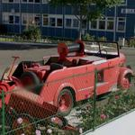 Antique fire truck (StreetView)