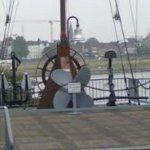 Propeller & anchors