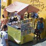 Sidewalk vendor (StreetView)