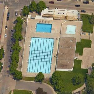 'Island Park Pool' by Marius Houkum (Google Maps)