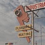 Giant Pipe Wrench (StreetView)