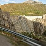 Los-Barrios-de-Luna Dam