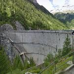 Neves Lake Dam