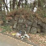 "Steve Prefontaine's memorial ""Pre's Rock"" (StreetView)"