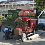 Balloon car (Balloner) (StreetView)