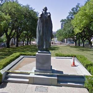 Statue of George Washington (StreetView)
