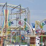 Roller Coaster and Mini Ferris Wheel (StreetView)