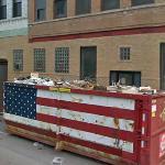 Patriotic dumpster (StreetView)