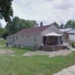Extreme Makeover: Home Edition: The McFarland family / Neighbourhood help (StreetView)