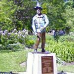 Scarecrow Statue in Oz Park