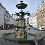 Stork Fountain (StreetView)