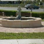 Fountain (StreetView)