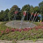 Archery Scupture in roundabout (StreetView)
