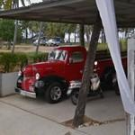 Classic american truck (StreetView)