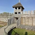 Biskupin Iron Age fort replica - the entrance and bridge (StreetView)