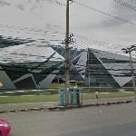 'Bangkok University Landmark Complex' by Architects 49 (StreetView)
