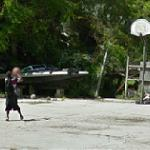 Boy playing basketball (StreetView)