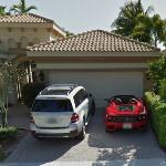 Mercedes-Benz GL450 and Ferrari 360 Spider (StreetView)