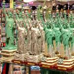 Statue of Liberty souvenir (StreetView)