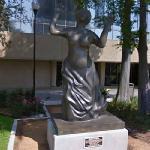 Mahalia Jackson statue (StreetView)