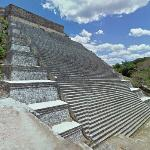 Great Pyramid, Uxmal (StreetView)