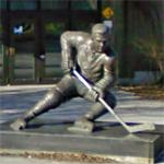 Maurice Richard statue