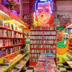 Polyester Books (StreetView)