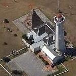 Donkin pyramid and lighthouse (Google Maps)