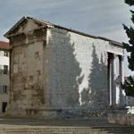 Temple of Augustus (Pula) (StreetView)