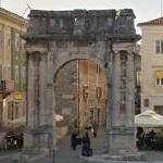 Arch of the Sergii (StreetView)