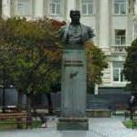Statue of Mykhailo Kotsiubynsky