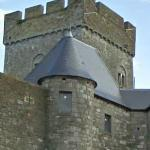 Castle of Thy-le-Château (StreetView)