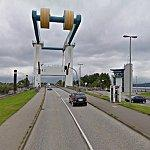 Bascule bridge at the Este flood barrage (StreetView)
