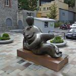 Sculpture by Juan Ripollés (StreetView)