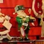 Irish Santa with top hat (StreetView)