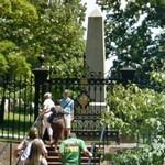 Gravesite of President Thomas Jefferson (StreetView)